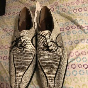 Stacy Adam snake skin shoes
